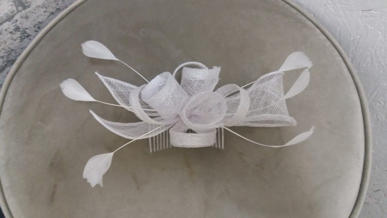 fascinator comb white